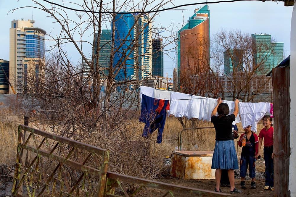 Три индикатора бедности: черта, глубина и острота