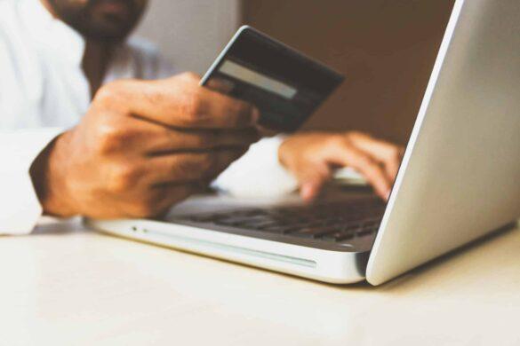 E-commerce как традиция. Почему наличие онлайн-площадки становится нормой для физических магазинов?
