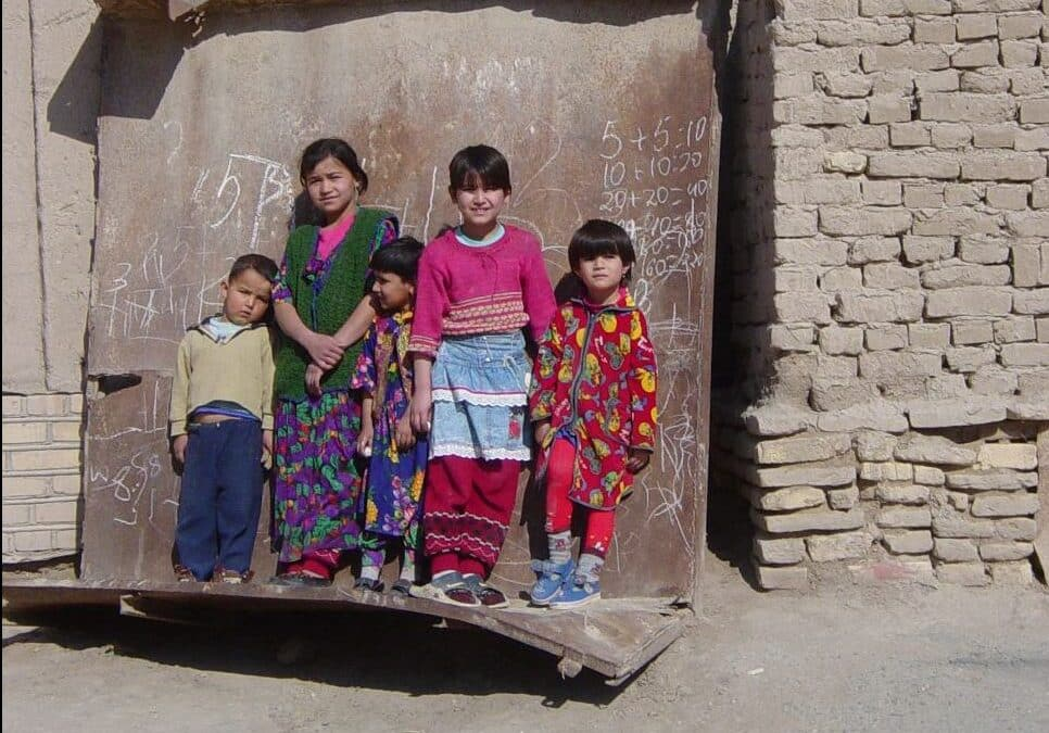 COVID с осложнениями: сколько миллионов бедных получит Центральная Азия из-за коронакризиса?