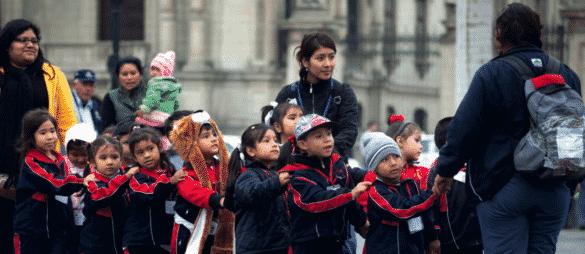 Распространение услуг по уходу за детьми на работников неформальной экономики: уроки политики, извлеченные из опыта стран