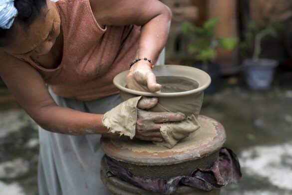 Переформатирование и переосмысление социальной защиты неформально занятых женщин?